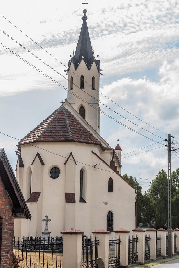 Kościół w Mokrej (1).jpeg