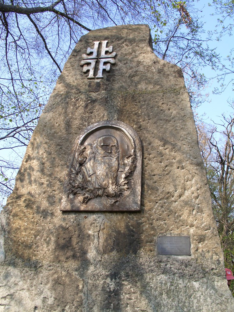 Pomnik Friedricha Ludwiga Jahna (1).jpeg