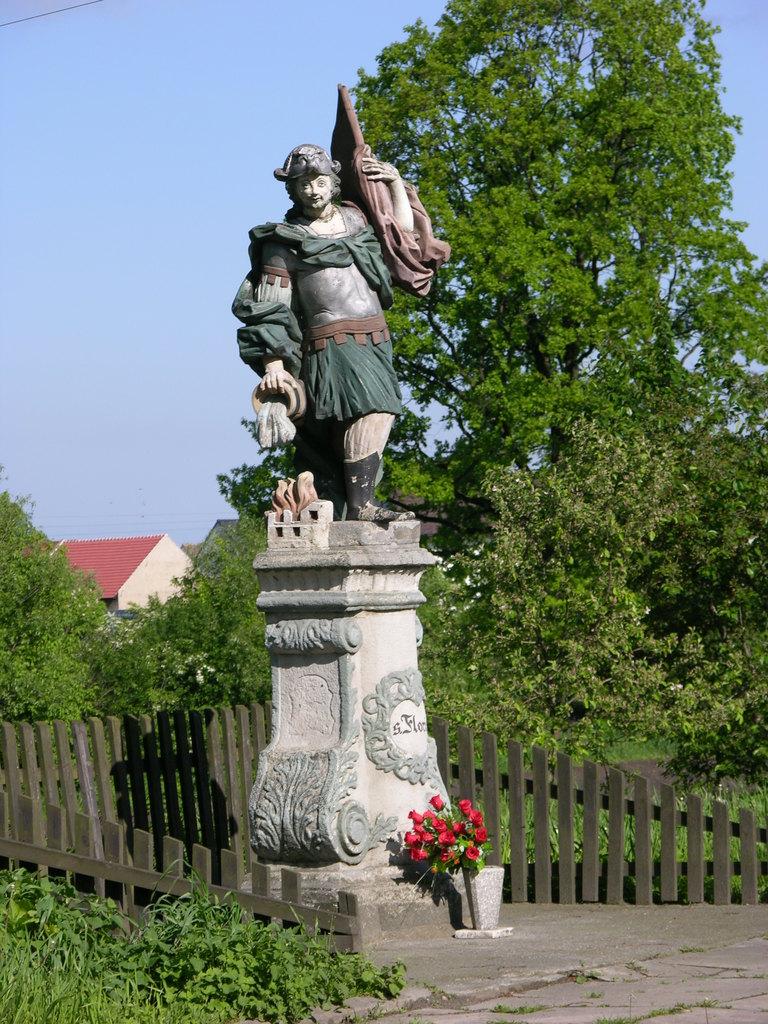 św. Florian w Chrzelicach.jpeg