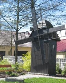 Galerie Makieta wiatraka w Pogórzu